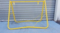 Yellow Swing Stand 900