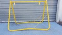 Yellow Swing Stand 900